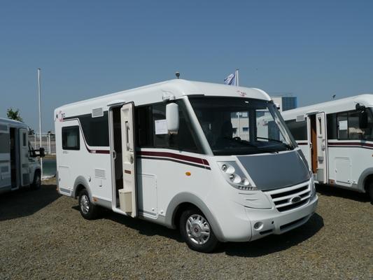 camping car sosson evasion vente camping car et caravane. Black Bedroom Furniture Sets. Home Design Ideas